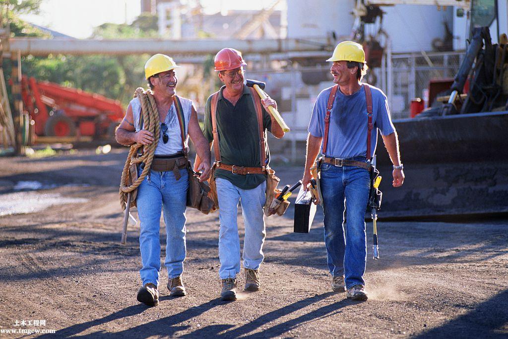 现在打工越来越难!农民工该何去何从?